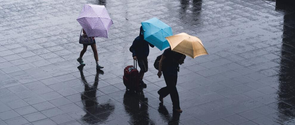 Prognoza pogody na pięć dni:<br>deszcz, deszcz ze śniegiem i silny wiatr